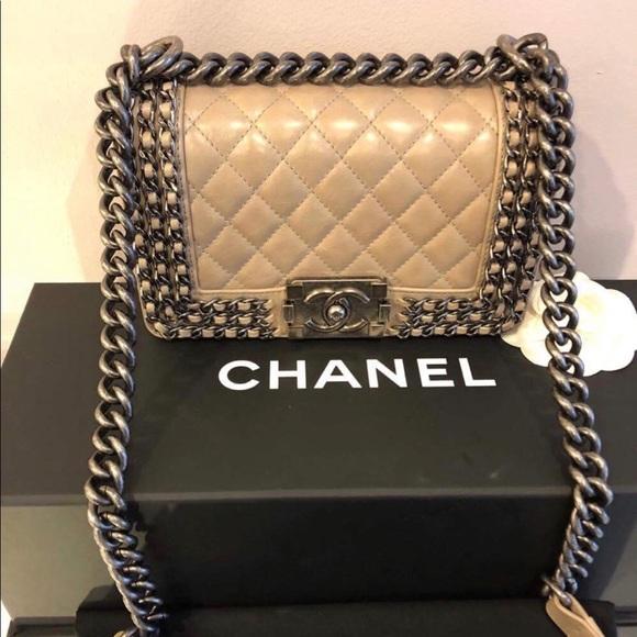 415cea20f713 CHANEL Handbags - Limited Edition - New Chanel Boy Bag Chain Details